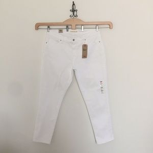 Levi's 311 Shaping Skinny White Embroidery Jeans